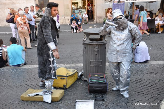 statue de rue vivante à Rome